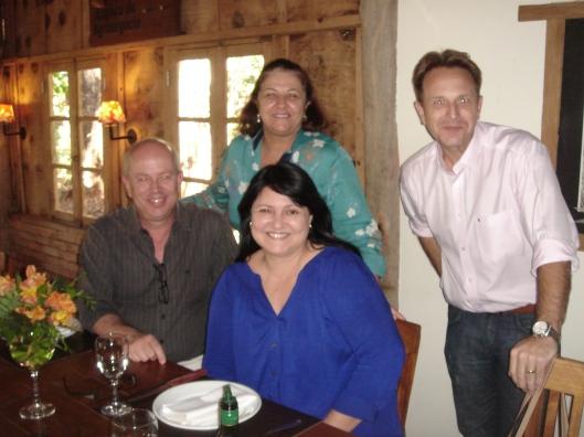 DSC06522 Silvana e Marcelo (Hansgrohe) com os profissionais Fernando Madeira e Sandra Madeira