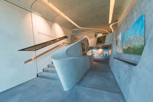 arquitetura-zaha-hadid-museu-corones-07