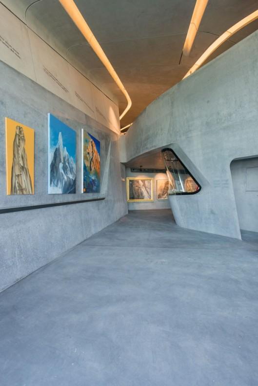 arquitetura-zaha-hadid-museu-corones-09